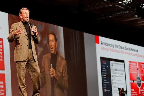 Oracle Introduces Cloud and Social. My Perspective