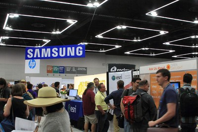 ESRI hanging out below the Samsung Sign… or is that perception?